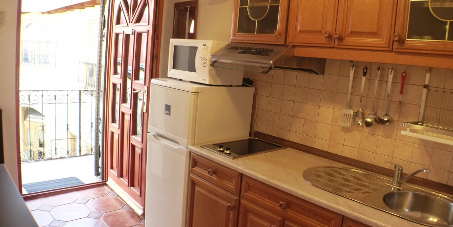 Kitchen - Oktogon apartment Budapest