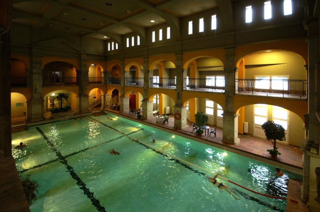 Baths and Spas – Stars and Lights Budapest Apartments